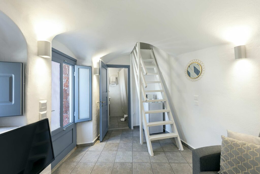 Hallway and stairs to bedroom